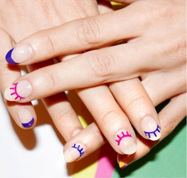 Nail art winking eyes