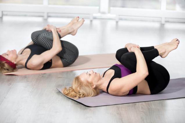 5 Gerakan Yoga Sederhana Untuk Mengecilkan Perut Buncit Kawaii Beauty Japan